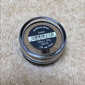 Bare Minerals Loose Eye Shadow in kudos